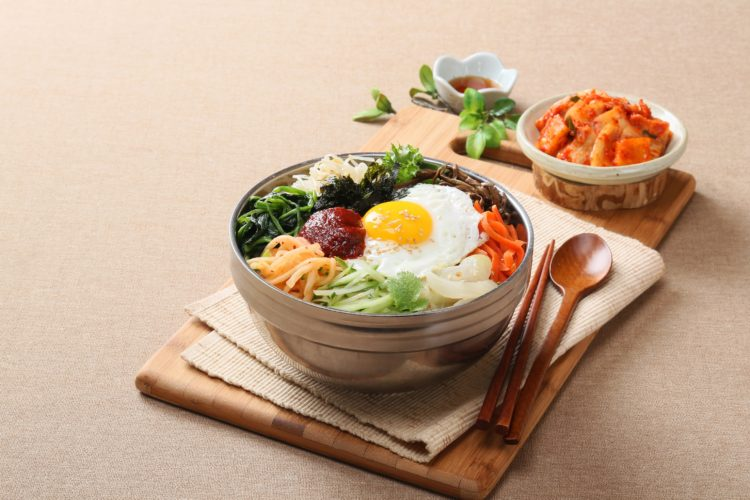 Learning the cuisine is one way to feel comfortable in Korean culture (photo: changupn, Pixabay)