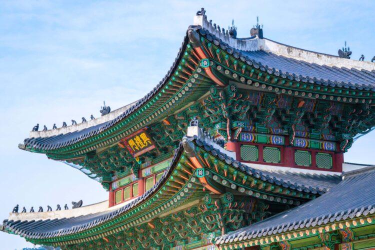 Temple architecture is a part of Korean culture (photo: Brady Bellini, Unsplash)