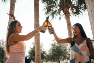 Women celebrating (photo: KAL VISUALS, Unsplash)