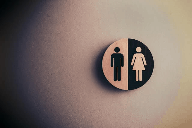 Male/female bathroom sign (photo: Tim Mossholder, Pexels.com)