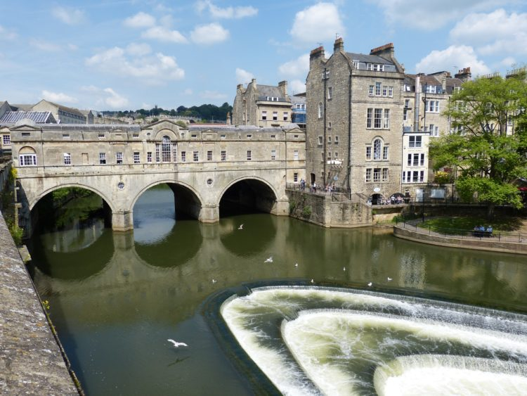 Bath is a wonderful option for a last minute break in the UK (photo: falco, Pixabay)