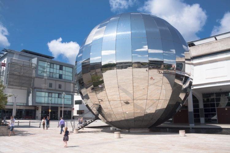 Bristol Planetarium (photo: stux, Pixabay)