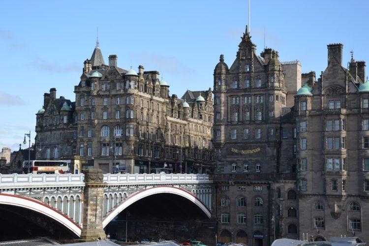 Edinburgh, Scotland (photo: Peggy Choucair, Pixabay)