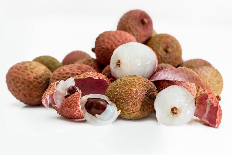 Lychee fruit (photo: Steve Buissinne, Pixabay)