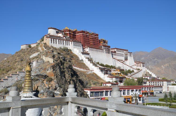 The Potala Palace in Lhasa, Tibet (photo: nrxfly, Pixabay)