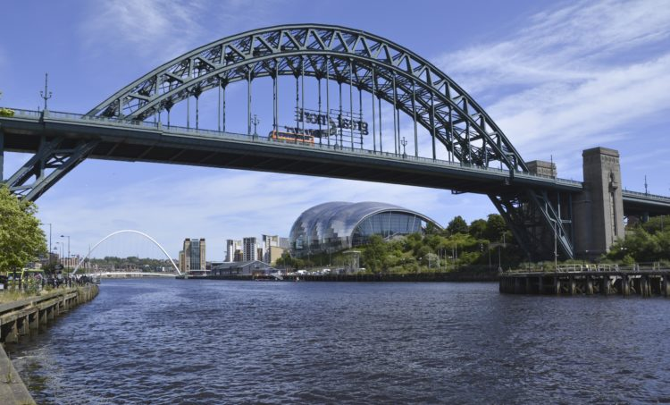 Tyne bridges in Newcastle (photo: yorkshireman, Pixabay)