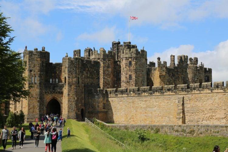 Alnwick Castle (photo: nickfrom, Pixabay)
