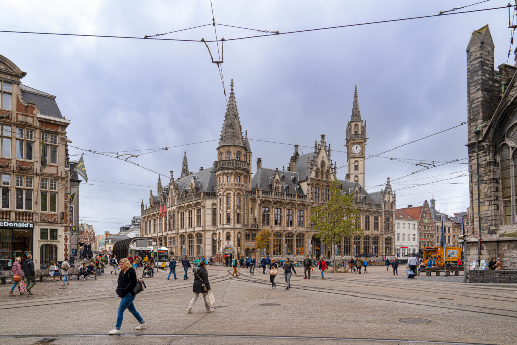 Going for a walk in the historic center is one of many free and easy things to do in Ghent