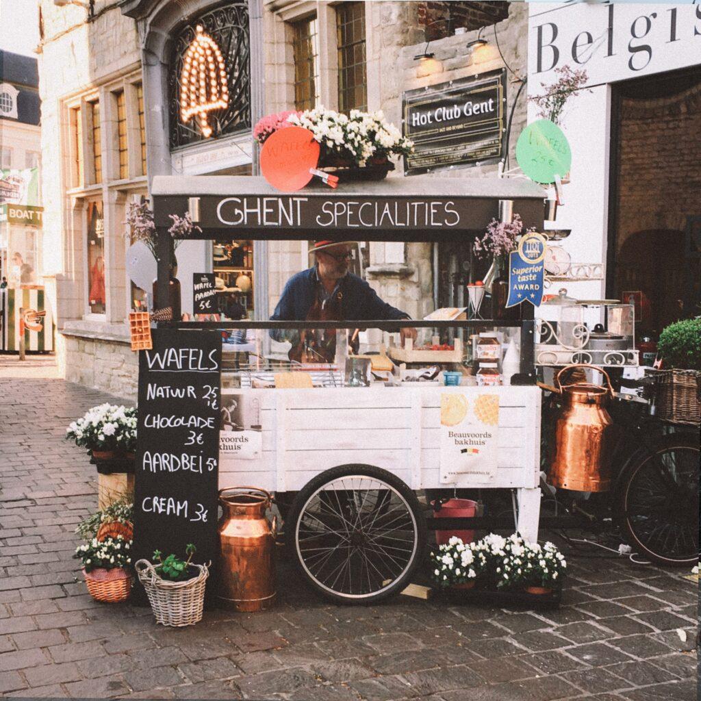 Ghent food cart (photo: Kyle Arcilla)
