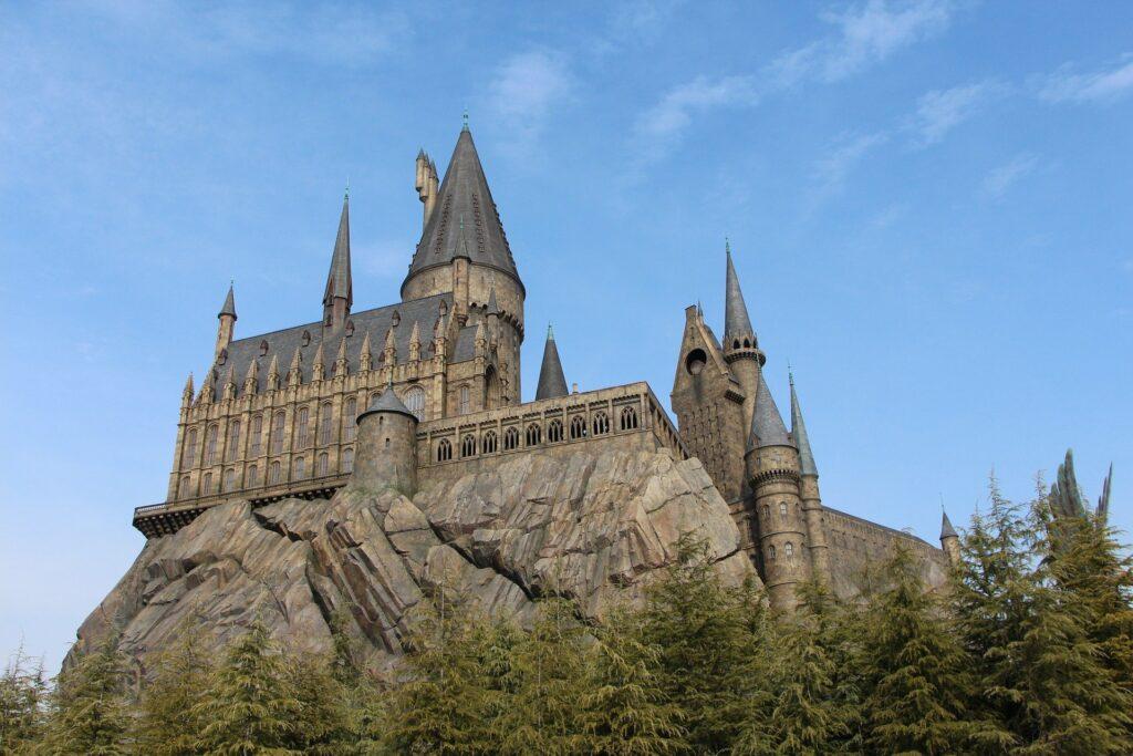 Hogwarts at Universal Studios in Japan (photo: manseok Kim, Pixabay)