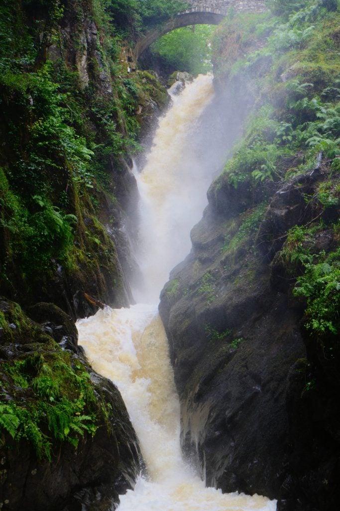 Aira Force waterfall (photo: Ian Cylkowski, Unsplash)