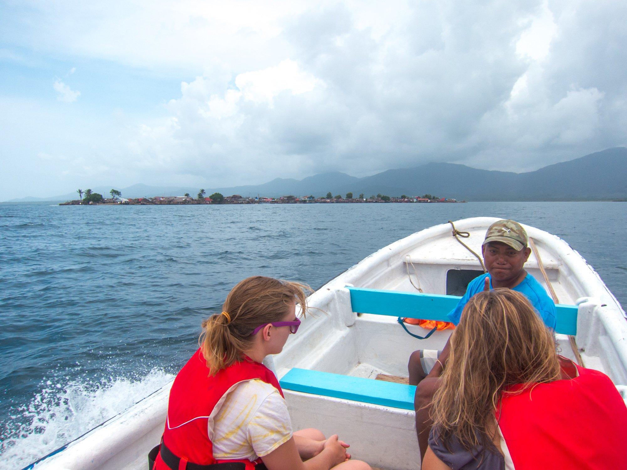 Boat ride in San Blas