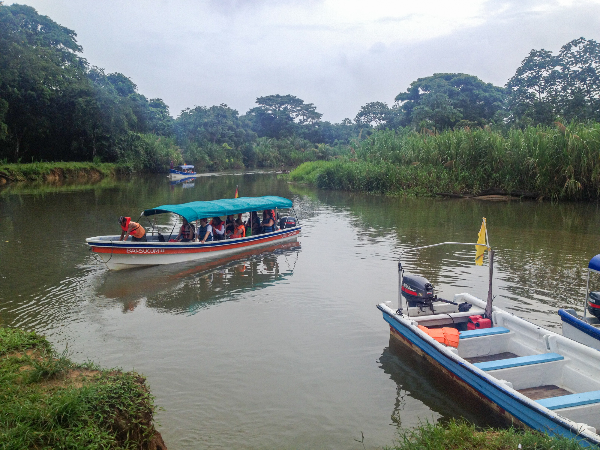 Boats to San Blas