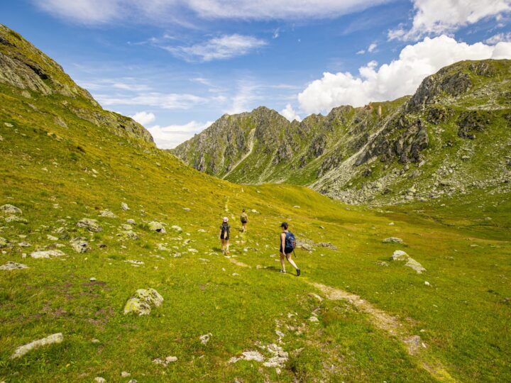 Hiking Swiss Alps (photo: Yente van Eynde)