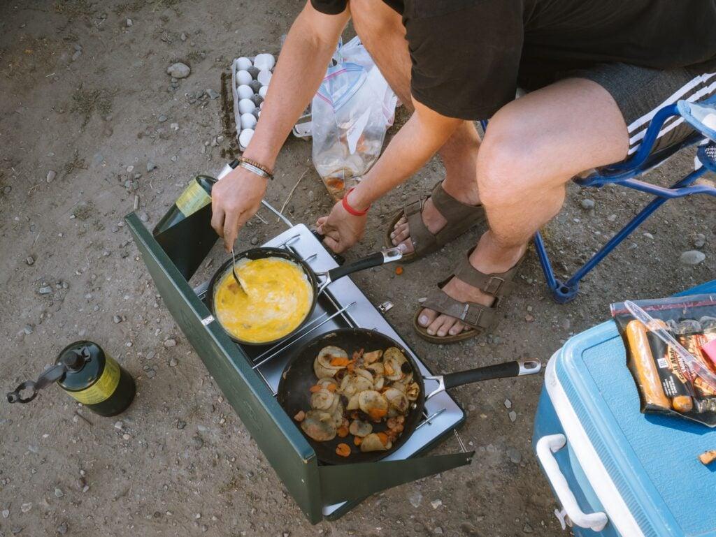 Camp breakfast (photo: Doran Erickson, Unsplash)