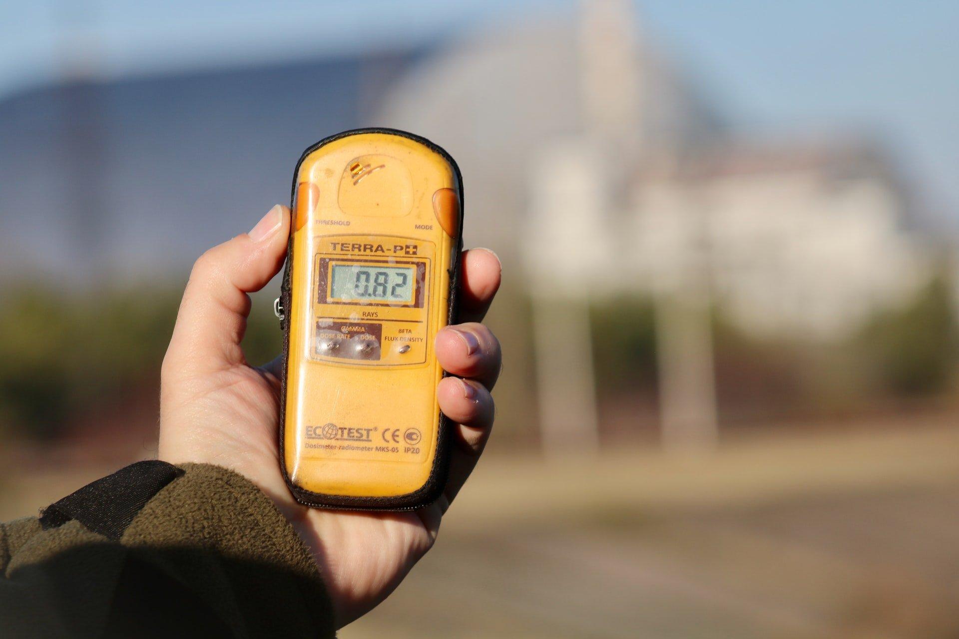 Geiger counter (photo: Jorge Fernández Salas, Unsplash)