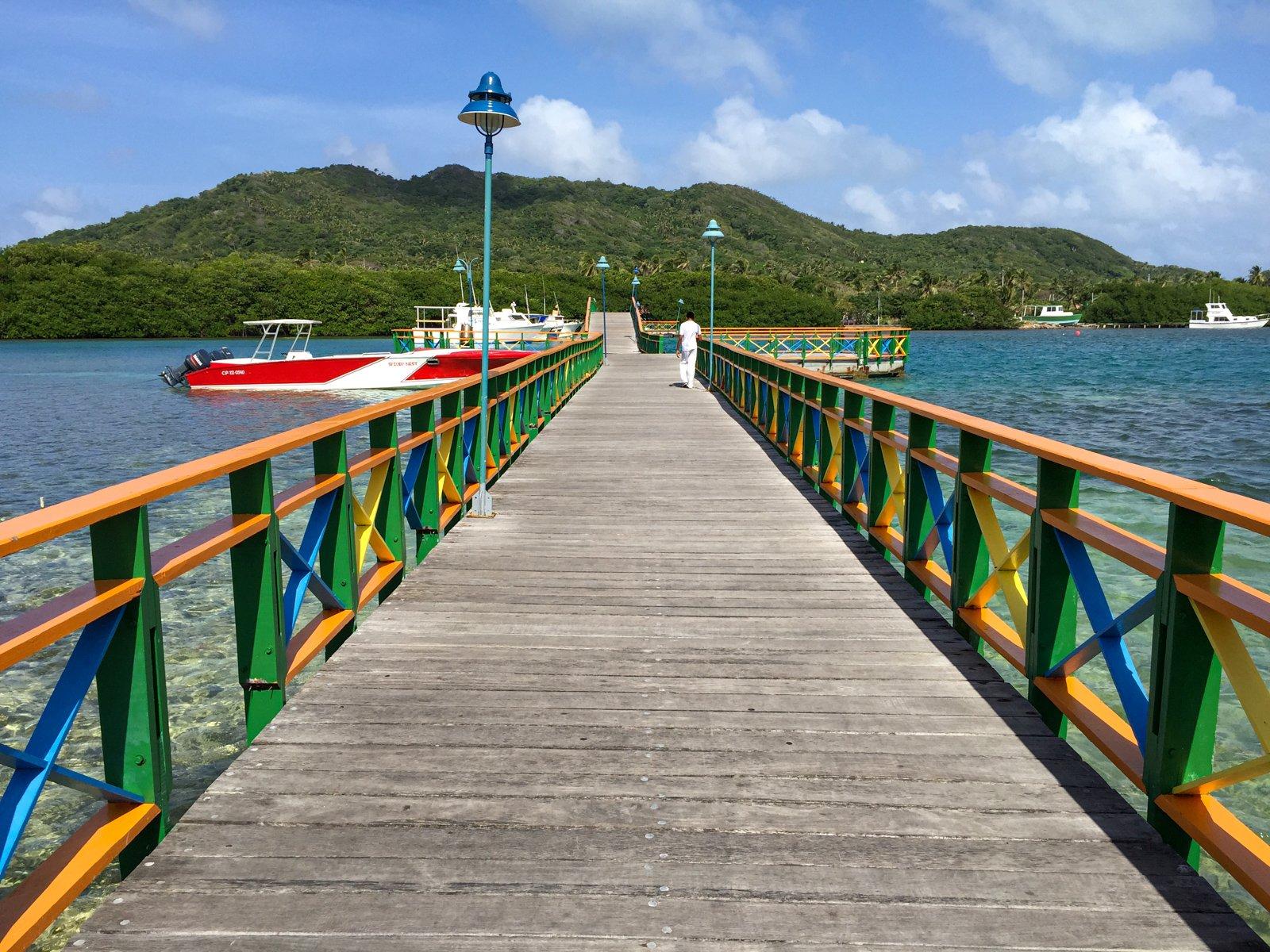 Boardwalk connecting Providencia and Santa Catalina islands