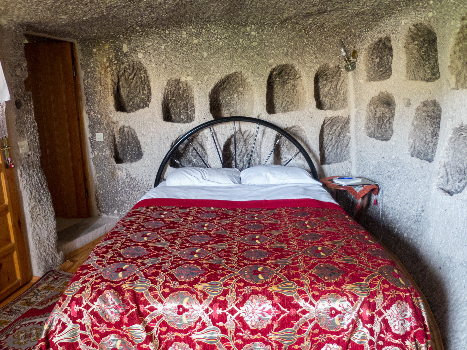 My cave hotel room