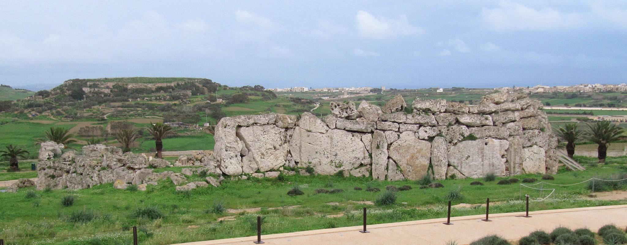 Ggantija Megalithic temple (photo: kitmasterbloke)