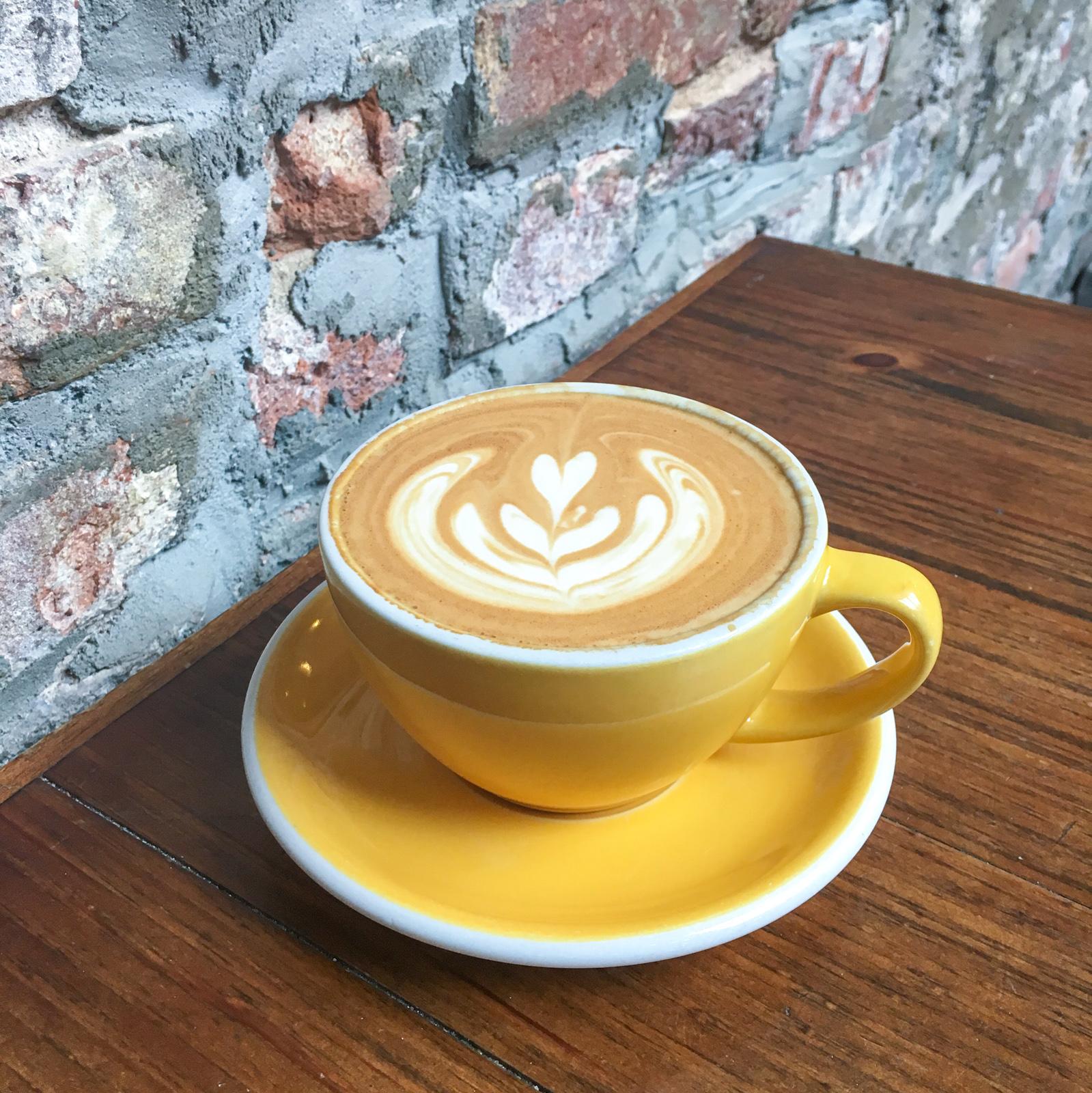 Colombiaanse koffie bij Devocion in Williamsburg, Brooklyn