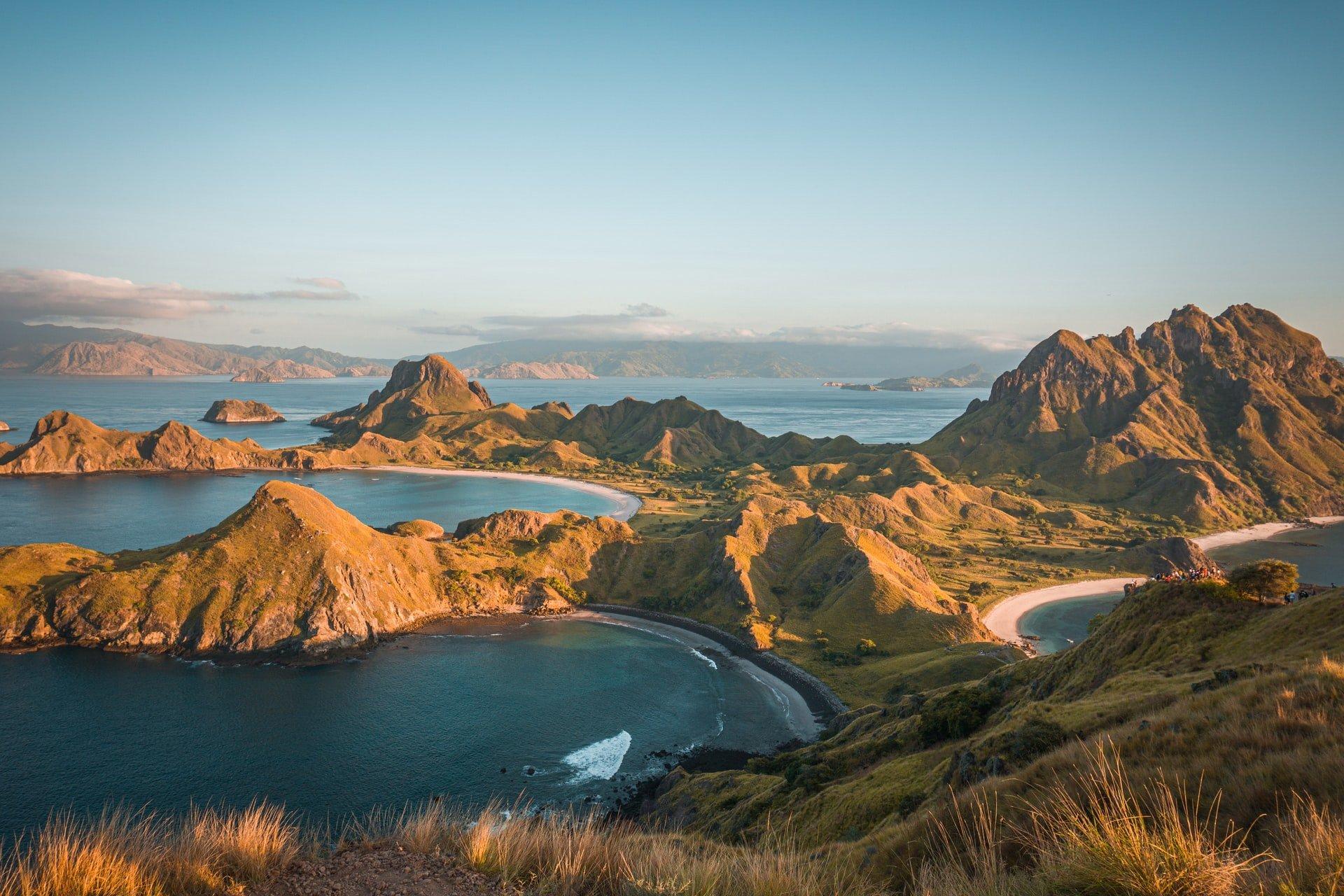 Padar Island, Komodo (photo: Rizknas)