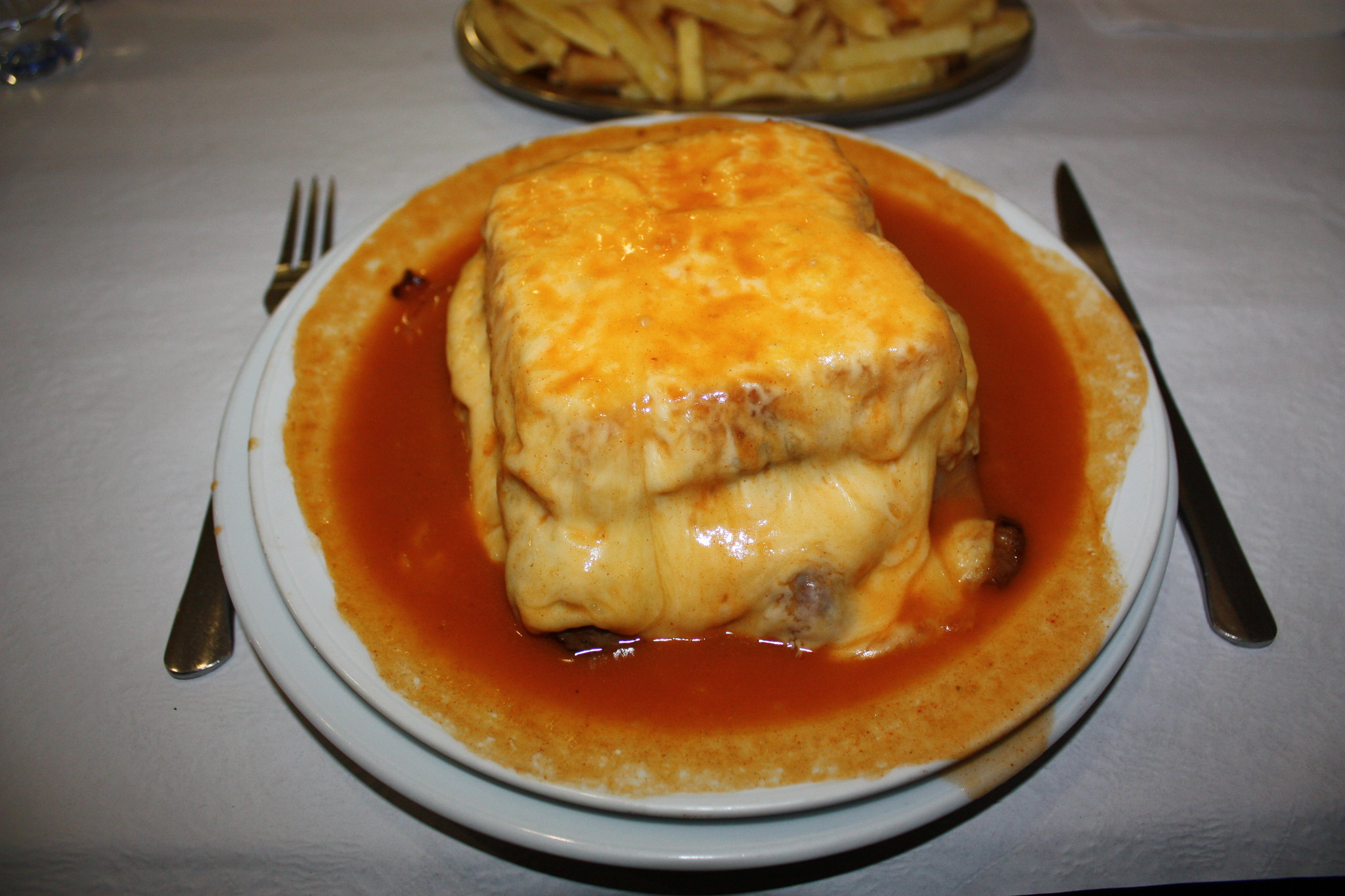 The Francesinha, a traditional food in Portugal (photo: Nelson Alexandre Rocha)