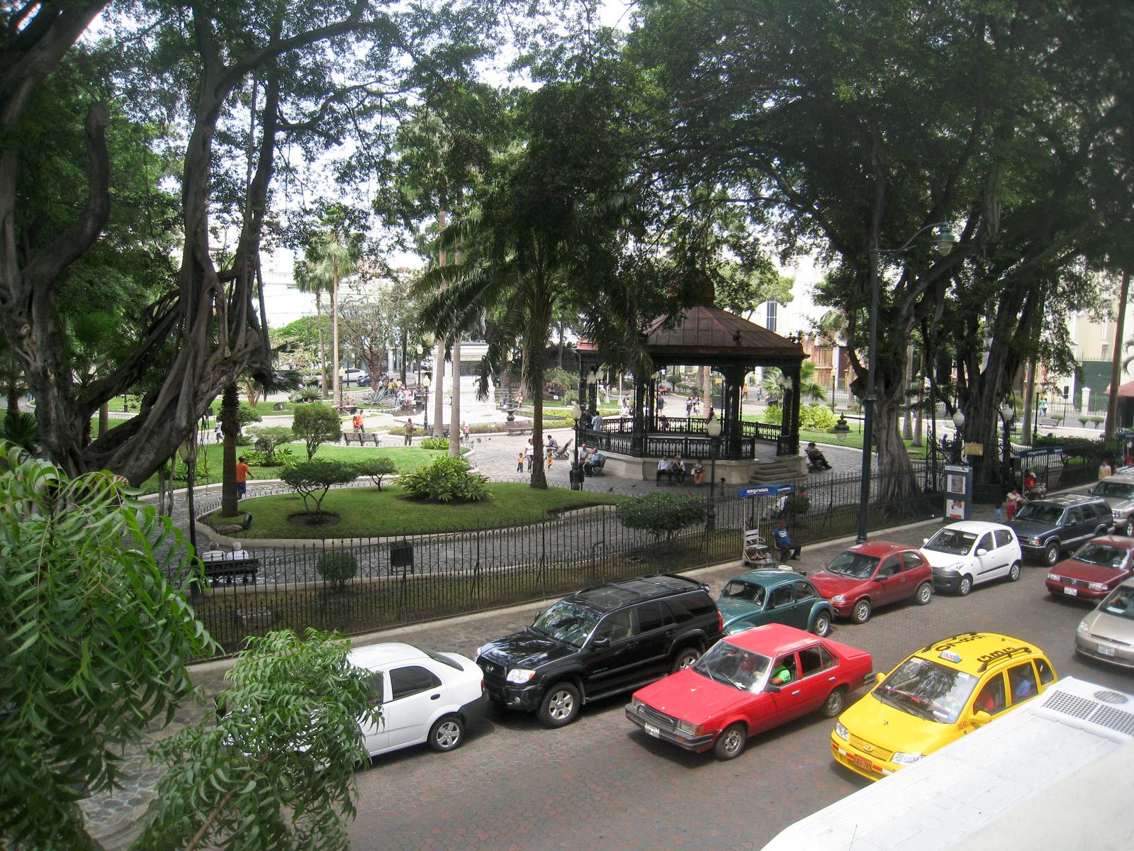 Parque Seminario (Iguana Park) in downtown Guayaquil