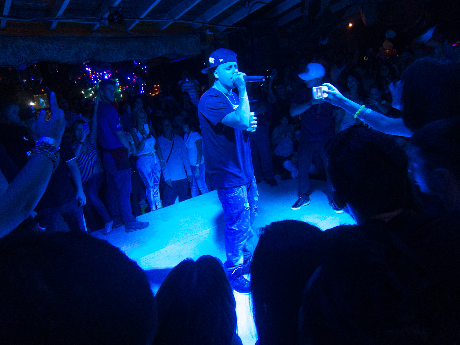 Nicky Jam performs at a club on Calle 10